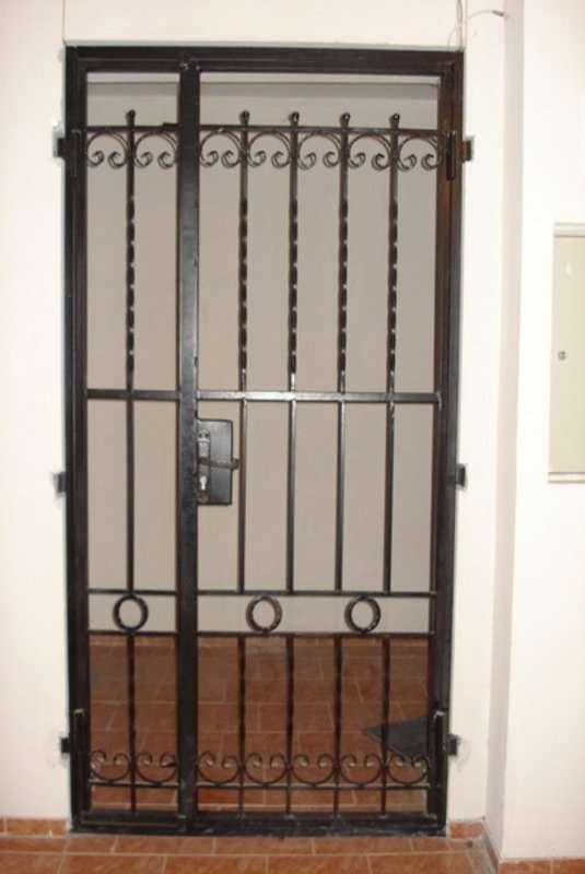 решётчатая дверь 5