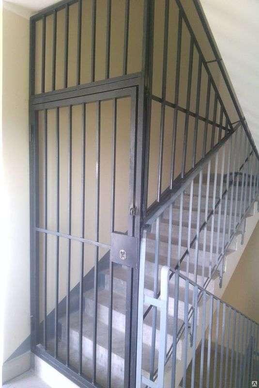 решётчатая дверь 4